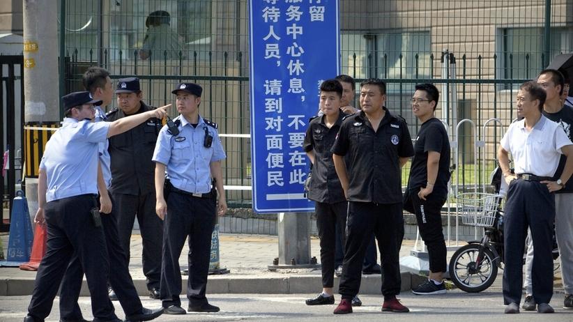 Chiny. 26-latek podejrzewany o spowodowanie wybuchu przed ambasadą USA