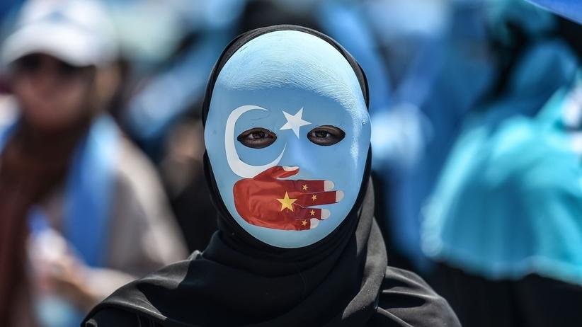 Chiny. Władze potwierdziły istnienie ośrodków reedukacji dla Ujgurów