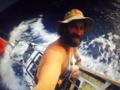 Surfer przepłynął samotnie Ocean Atlantycki na desce z wiosłem