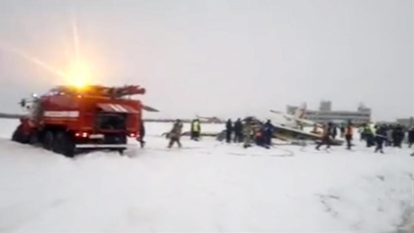 Rozbił się samolot przy starcie. Cztery ofiary śmiertelne [WIDEO]