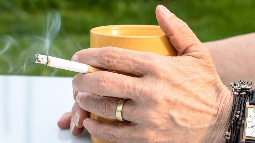 Dodatkowe 5 dni urlopu dla niepalących pracowników. To dopiero motywacja