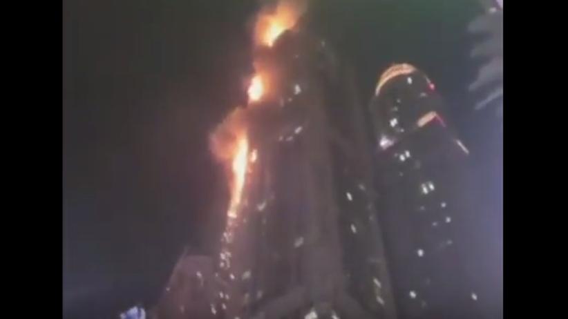 Pożar ogromnego wieżowca w Dubaju [WIDEO]