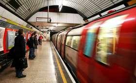 Dwaj Polacy skatowani w londyńskim metrze. Jeden w stanie krytycznym