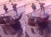 Policjanci bohaterowie! Złapali 5-latka skaczącego z okna [WIDEO]