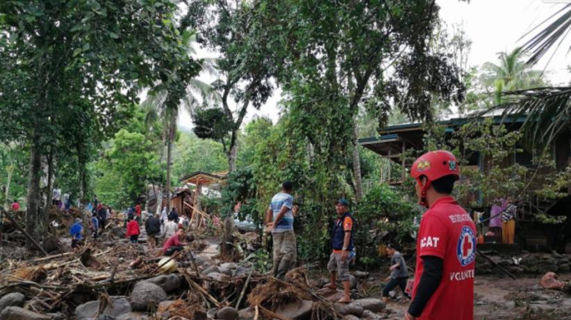 Tropikalna burza uderzyła w południowe Filipiny. Nie żyje ponad 200 osób
