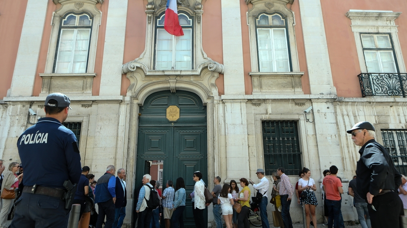 Wybory we Francji. Ewakuowano cztery lokale wyborcze