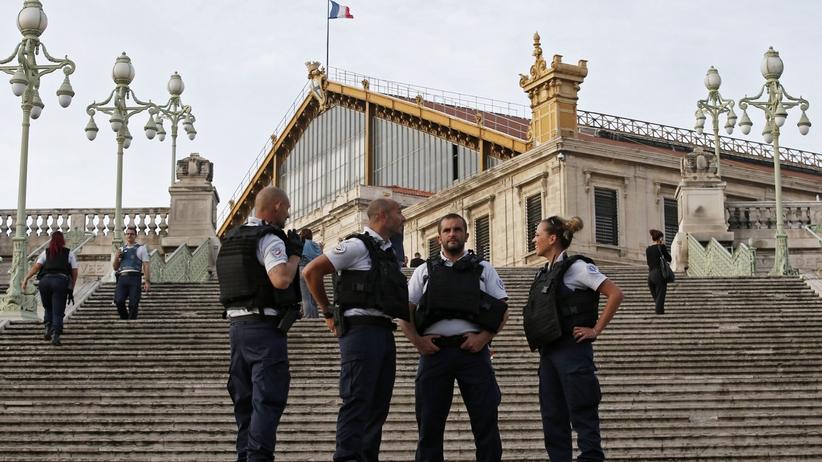 Marsylia: ISIS przyznało się do ataku nożownika