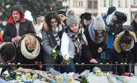 Setki Francuzów w hołdzie ofiarom zamachu w Strasburgu