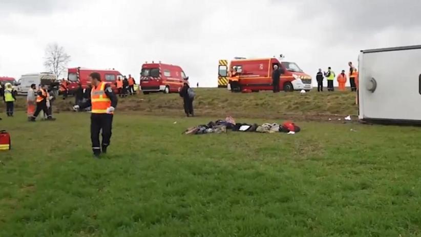Francja: Wypadek szkolnego autobusu. Wielu rannych