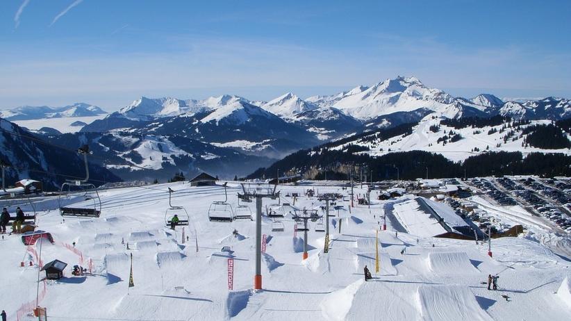 Tragedia w kurorcie narciarskim. Bracia spadli w przepaść