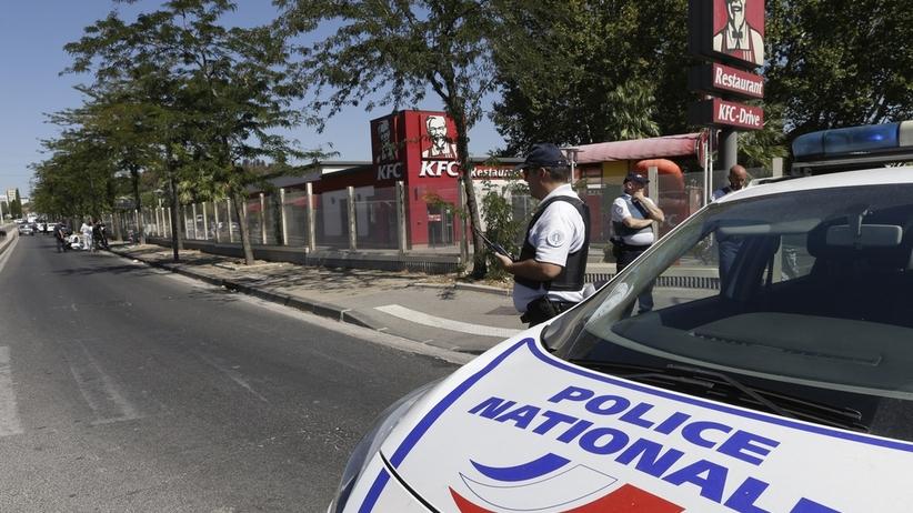 Paryż: znaleziono ładunek wybuchowy
