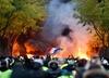 """Francja. Władze Paryża przygotowują się na sobotnie protesty """"żółtych kamizelek"""""""