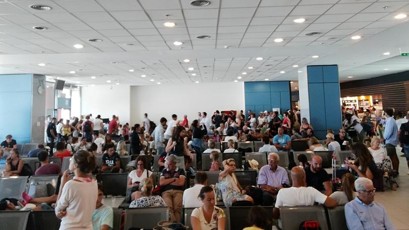 Grecja. Awaria systemu komuterowego na lotnisku w Rodos