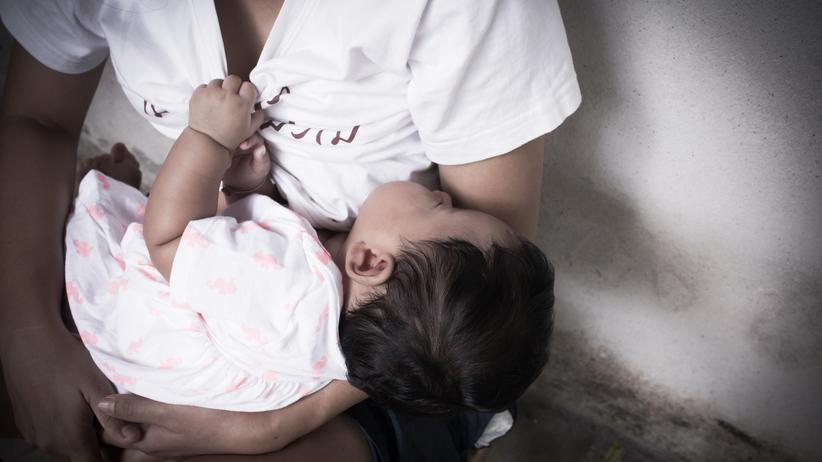 Gwatemala: 13-letnia dziewczynka urodziła trojaczki