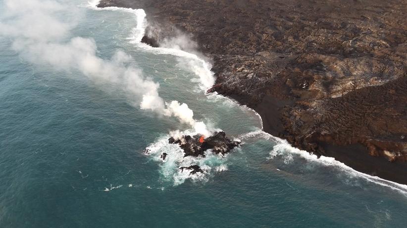 Hawaje. Nowa wyspa powstała po erupcji wulkanu