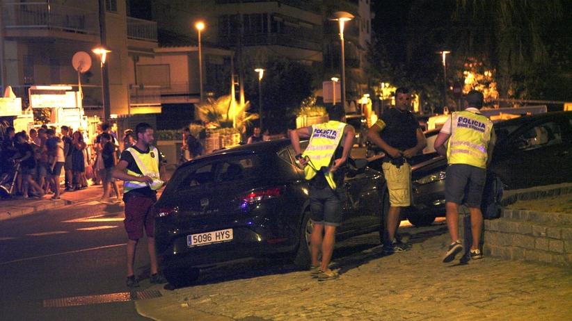 Hiszpania: Zamach w Cambrils. Nowe fakty dot. pasów z ładunkami wybuchowymi
