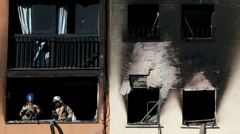 Pożar bloku w Badalonie. Są ofiary śmiertelne