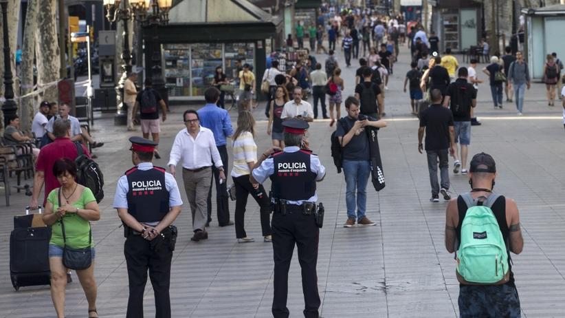 Zamachy w Barcelonie i kurorcie Cambrils. Co wiemy do tej pory?