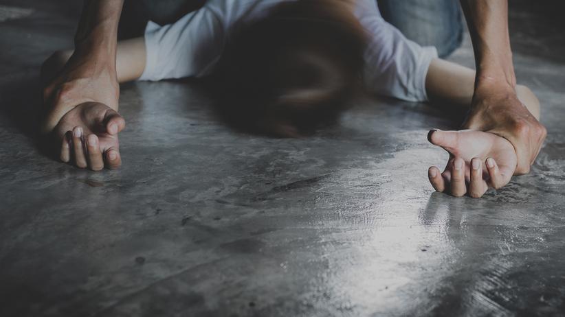 Czterech mężczyzn zgwałciło 19-latkę. Do napaści doszło w Sylwestra