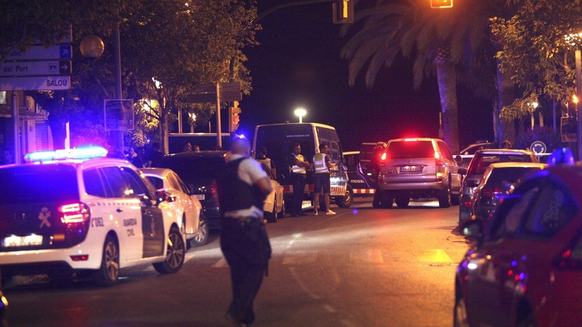 Hiszpania. Znaleziono zwłoki kierowcy, który wjechał w policjantów