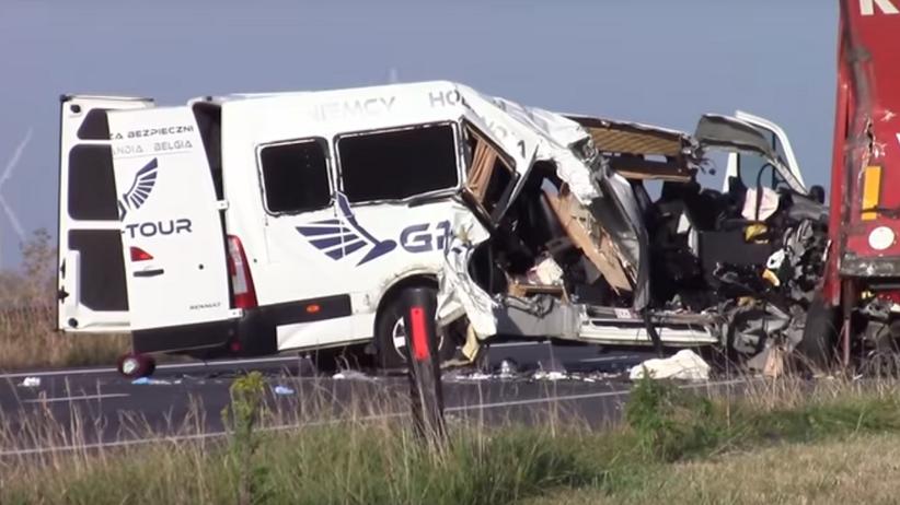 Holandia: wypadek polskiego busa. Wiele osób ciężko rannych