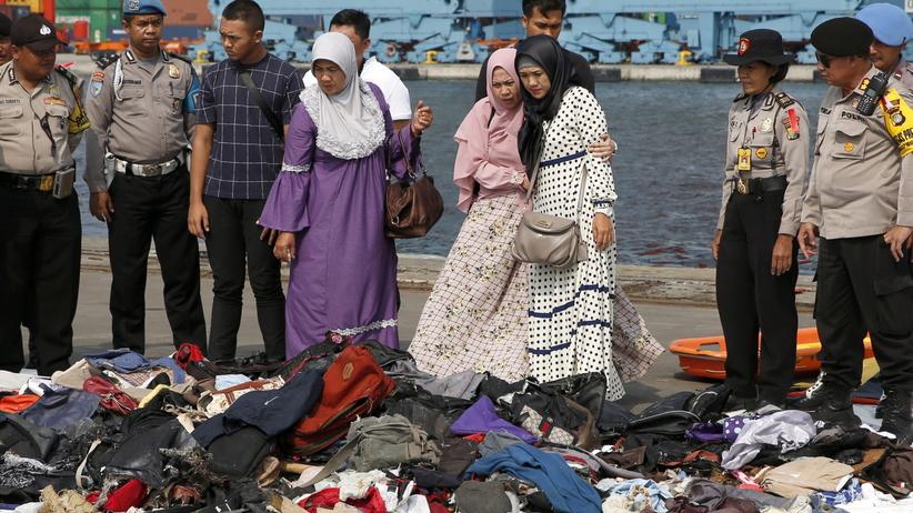 Katastrofa lotnicza w Indonezji. Odebrano sygnał z czarnej skrzynki
