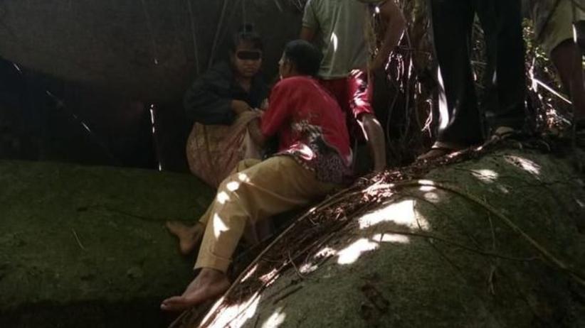 Indonezja. Zatrzymano szamana, który przez 15 lat gwałcił kobietę