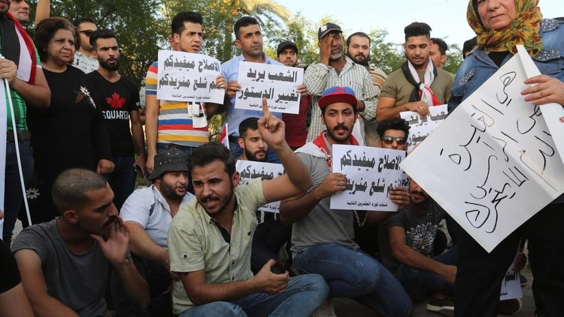 Dwóch demonstrantów zginęło w starciach z siłami bezpieczeństwa