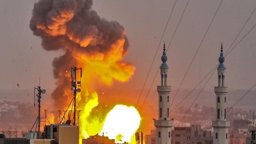 Izraelski ostrzał Strefy Gazy. Zginęło 4 Palestyńczyków i żołnierz