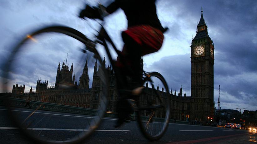 Jest wspólna decyzja. Imamowie nie odmówią modlitw pogrzebowych za terrorystów z Londynu