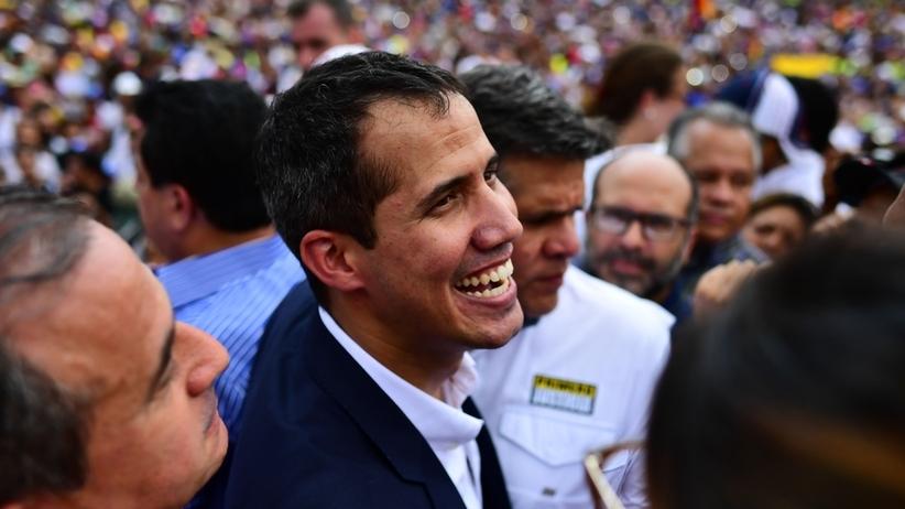"""Guaido wrócił do Wenezueli mimo zakazu. """"Wiemy co nam grozi, ale nas to nie powstrzyma"""""""