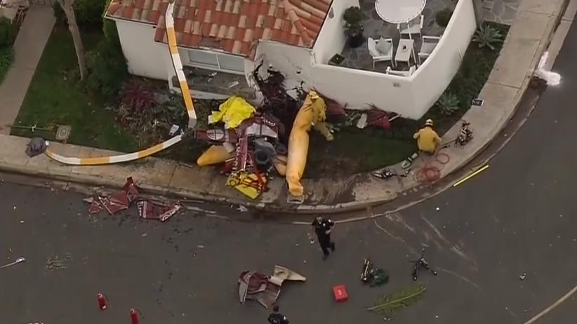 Kalifornia: Helikopter spadł na dom w Newport Beach. Trzy osoby nie żyją