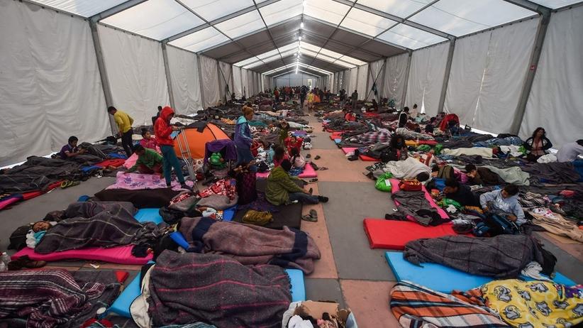 Karawana migrantów. Zaginęło ok. 100 osób
