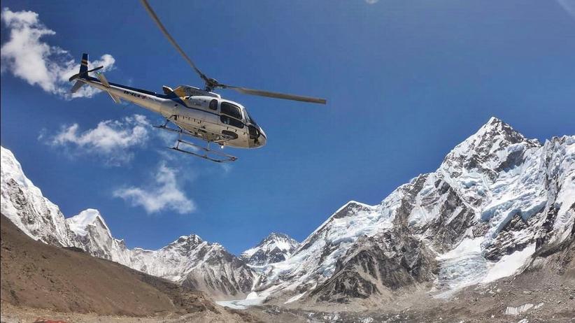 Katastrofa helikoptera w Nepalu. Zginęło siedem osób, w tym minister turystyki
