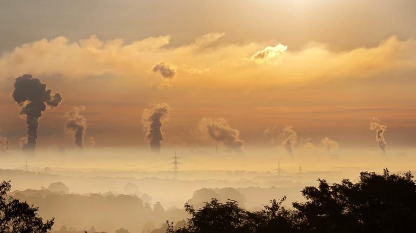 Komisja Europejska zwraca się do Polski w sprawie redukcji emisji z oparów paliwa