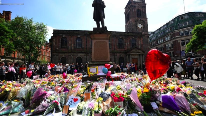 Zwolniono kobietę zatrzymaną w związku z zamachem w Manchesterze