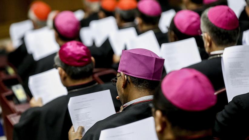 Koniec synodu nt. młodzieży. Papież: to trudny moment dla Kościoła
