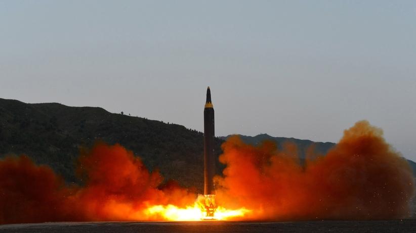 Korea Północna straszy, Rosja w gotowości. Kolejna próba rakiety balistycznej
