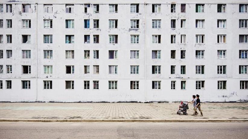 Niesamowite zdjęcia z Korei Północnej. Pjongjang niczym... miasto duchów [GALERIA]