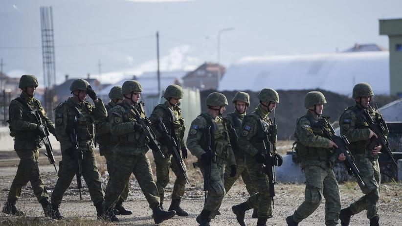 Kosowo utworzyło własną armię. Serbia i NATO krytykuje