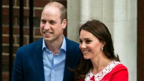 Księżna Kate urodziła. Pierwsze zdjęcia trzeciego Royal Baby [GALERIA]