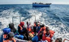 Libia. Zatonęła łódź z migrantami, kilkadziesiąt osób nie żyje