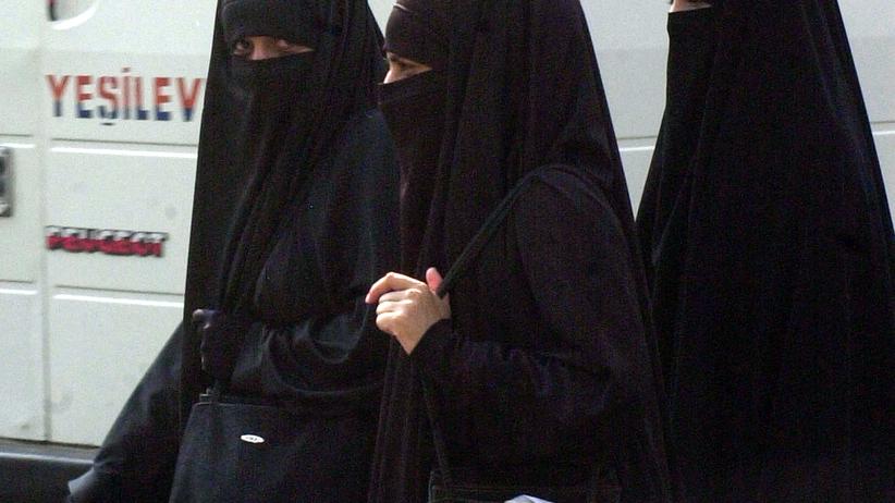 Londyn. Pięciolatka w muzułmańskiej rodzinie zastępczej. Nie chciała tam wracać