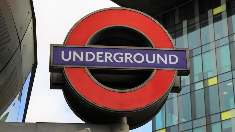 Wybuch w metrze w Londynie. Ładunek znaleziono w wiaderku [ZDJĘCIA]