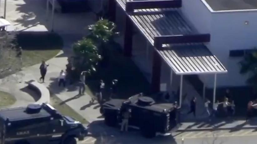 Masakra w szkole na Florydzie: Zanim pozabijał kolegów, groził im. Lubił broń palną