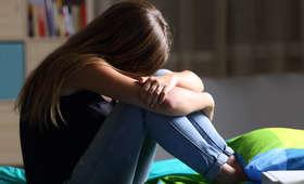 Zmuszała 14-letnią córkę do prostytucji. Sąd skazał ją na... prace społeczne i 1 dzień więzienia