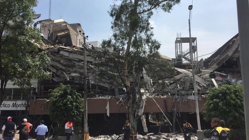Zawalone budynki, ludzie pod gruzami. Są ofiary. Tragiczne wieści z Meksyku