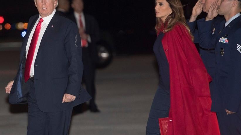 Melania Trump zignorowała męża na lotnisku [WIDEO]