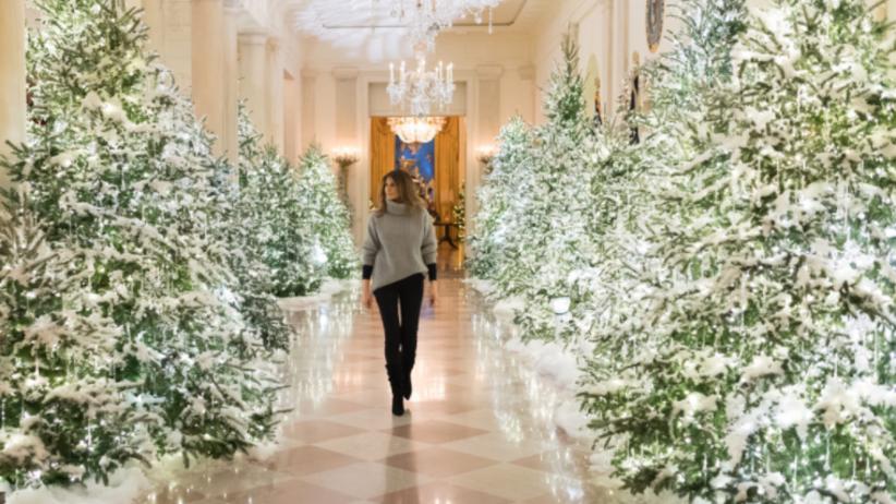 Melania Trump udekorowała Biały Dom na święta! Robi wrażenie [GALERIA]