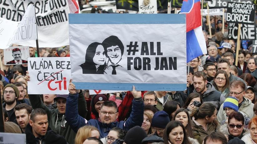 Morderstwo słowackiego dziennikarza, Jana Kuciaka. Trzem osobom postawiono zarzuty